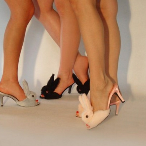 ff7036906a17 Streetzie s high heel bunny slippers NWOT! M 5c4aceb304e33d8818212d3e